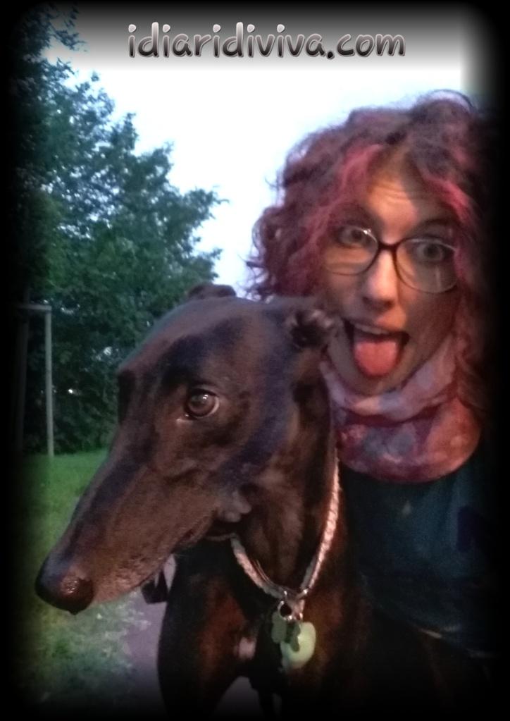 Dopo la corsa: io con la lingua di fuori, Virna fresca come una...greyhound!